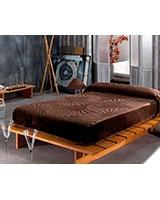 B Engraved 779 blanket size 220x240 - Mora