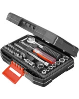 31 Pieces Automobile Maintenance Set A7142 - Black & Decker