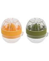 Plastic Lemon Squeezer With cover & cup 063562442749 - Trudeau